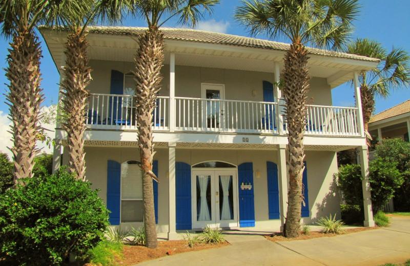 Rental exterior at Crystal Waters Vacations.