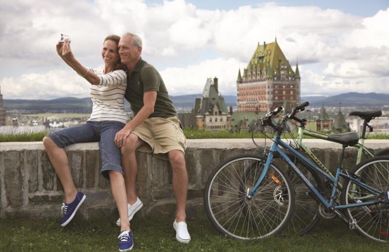 Couple taking a selfie at Fairmont Le Chateau Frontenac.