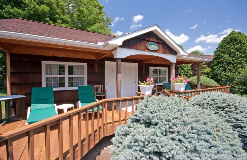 Cottage exterior at Crescent Lodge.