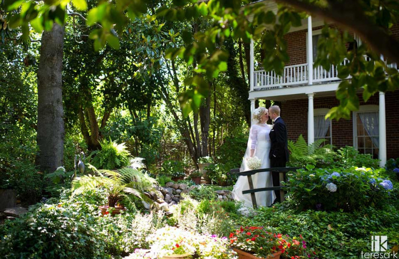 Wedding at Heirloom Inn.