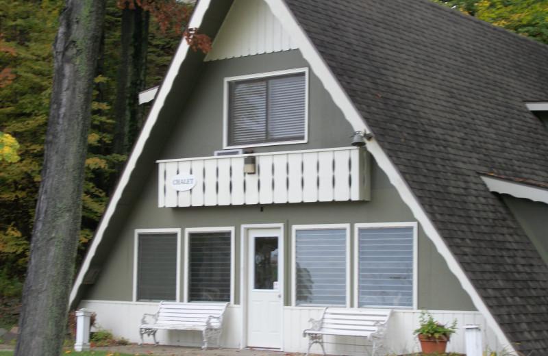 Exterior view of Michillinda Beach Lodge.