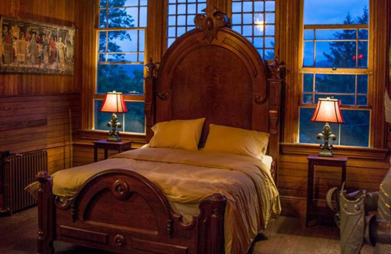 Guest bedroom at Spillian.