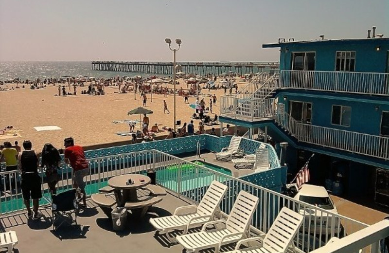 Beach view of Sea Sprite Ocean Front Motel.