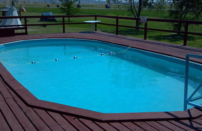 Outdoor pool at Badlands Motel.