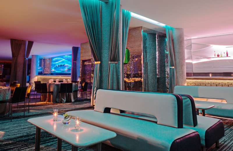 Dining area at W Dallas - Victory.