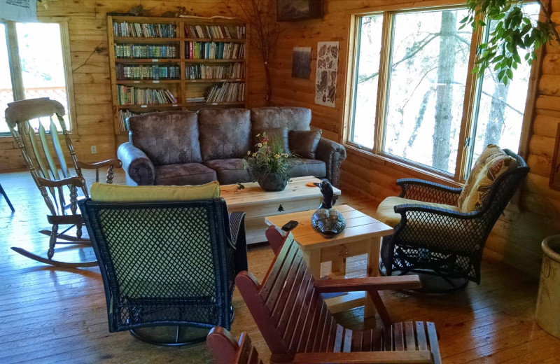 Lounge at Little Norway Resort.