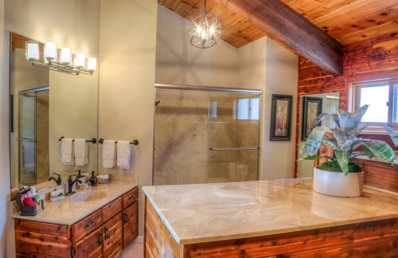 Guest bathroom at The Bella Vista Estate.