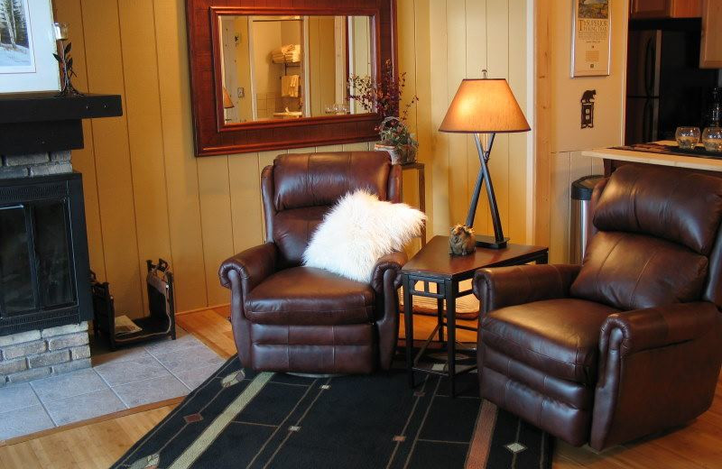 Guest room at Chateau LeVeaux.