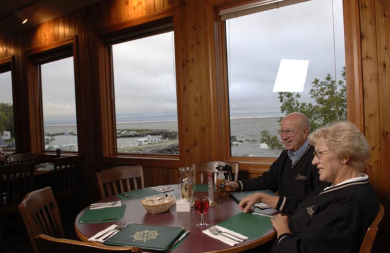Dining at Arnesen's Rocky Point Resort.