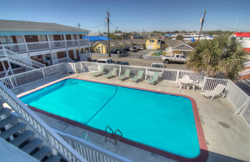 Outdoor pool at Surfside Lodge Oceanfront.