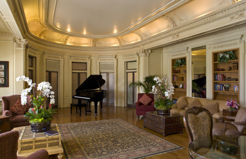 The Music Room at Glorietta Bay Inn.