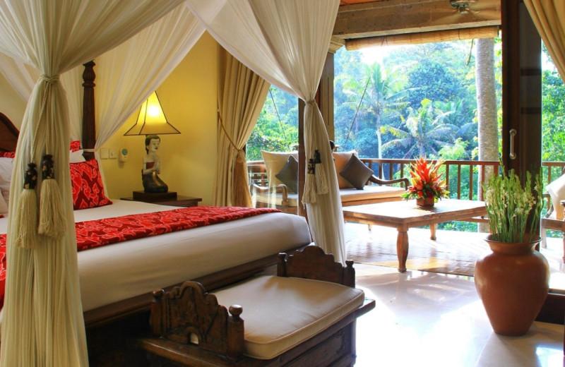 Villa bedroom at Ibah Luxury Villas.
