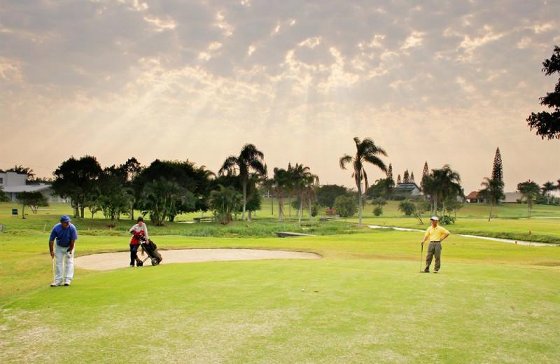 Golf course at Plaza Itapema Resort.