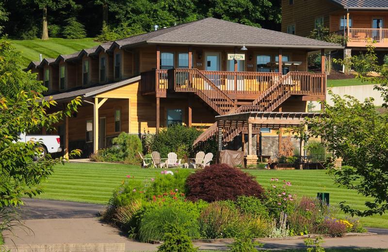 Exterior view of Sojourner's Lodge & Log Cabin Suites.