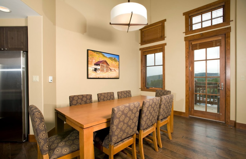 Guest dining room at One Ski Hill Place.