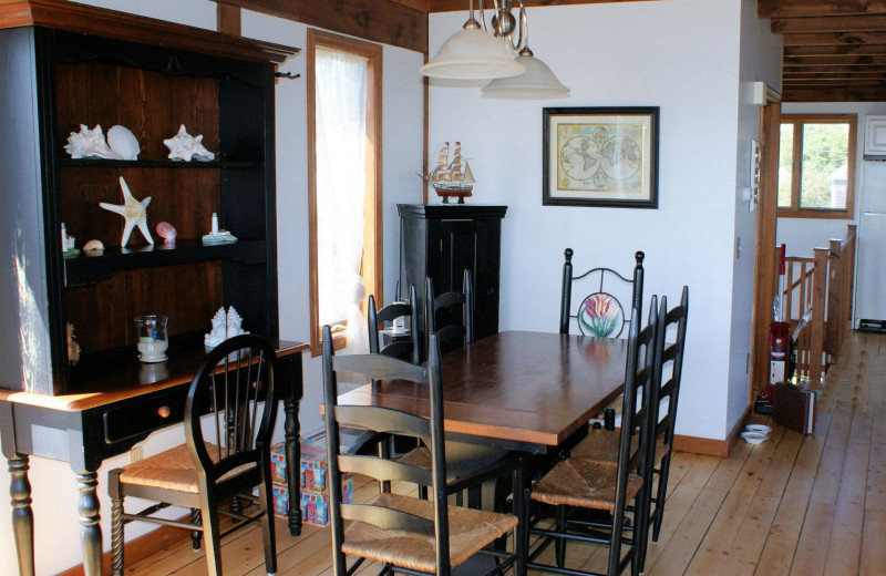 Cottage dining room at Beach Realty.