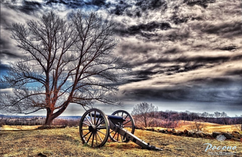 Historical cannon at The Lodges at Gettysburg.