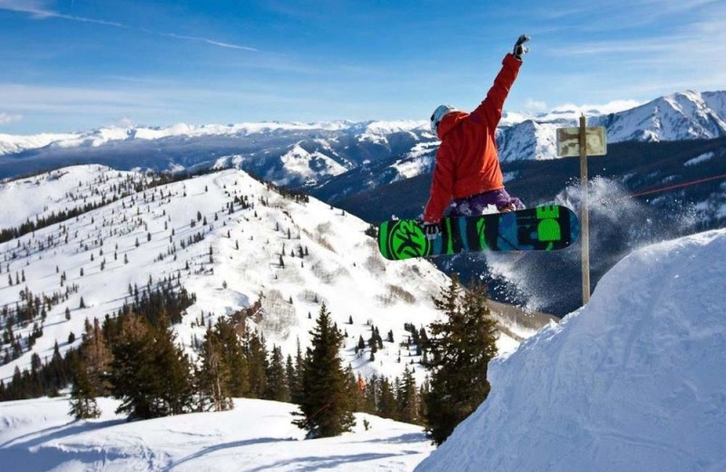 Snowboarding at St. Moritz Lodge & Condominiums.