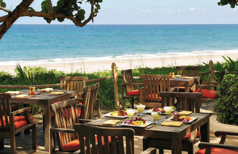Outdoor dining at Four Seasons Resort - Palm Beach.
