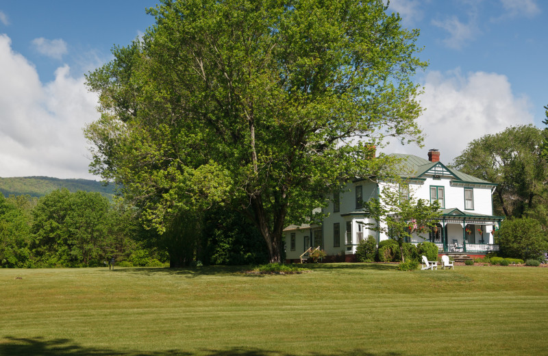 Exterior view of Afton Mountain Bed and Breakfast