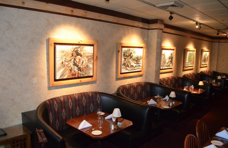 Dining at Sawmill Creek Resort.