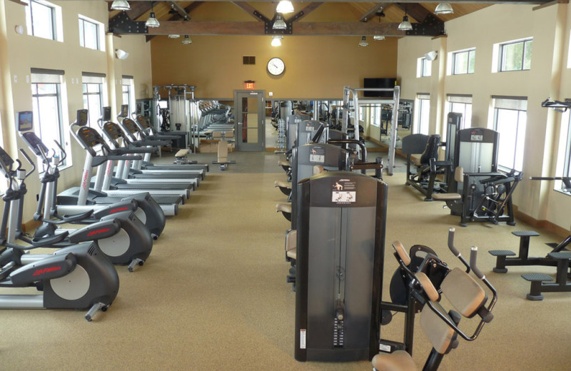 Gym at Fairway Suites At Peek'n Peak Resort.