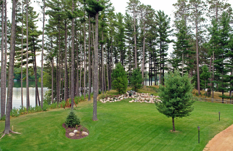 Courtyard at The Beacons of Minocqua.