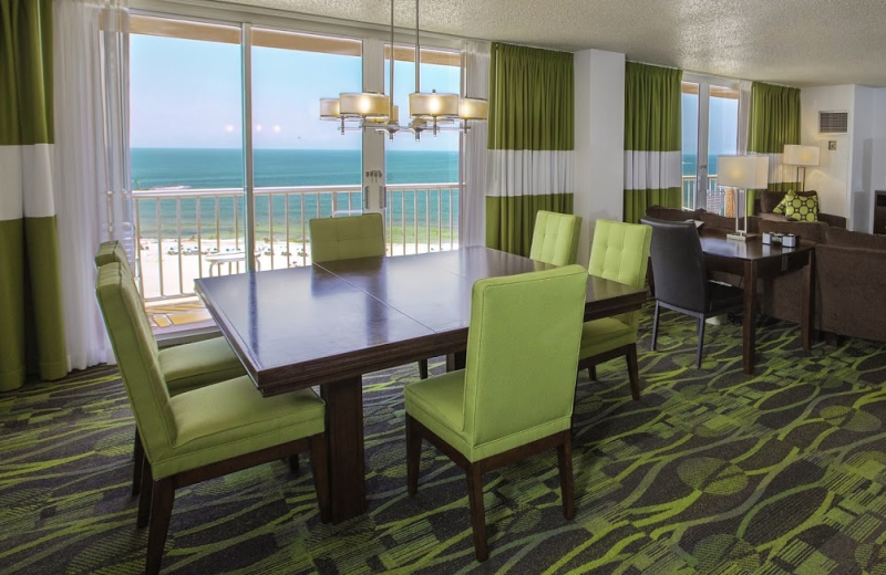 Suiting dining table at Perdido Beach Resort.