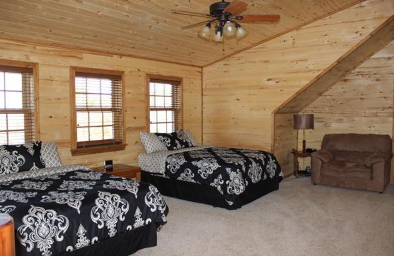 Guest two bed bedroom at Saddleback Lodge.