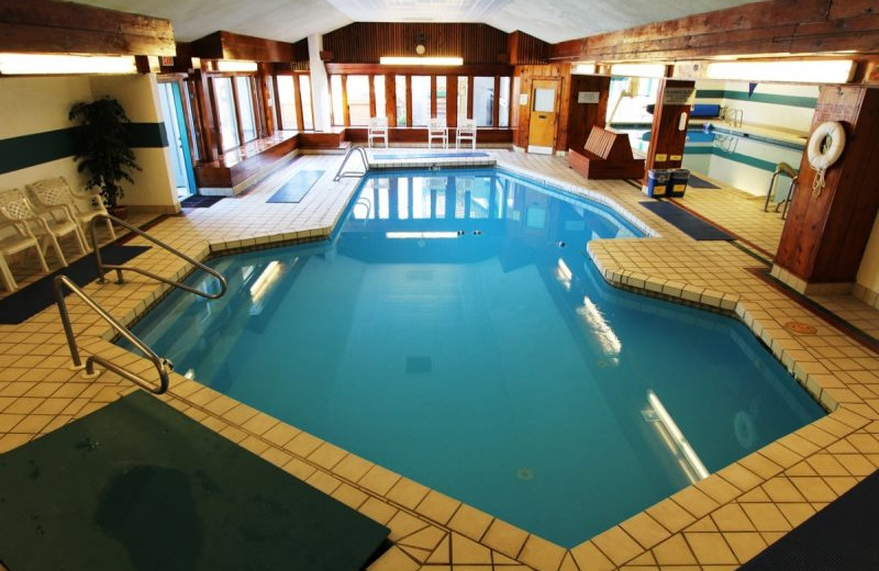 Rental indoor pool at All Mountain Rentals.