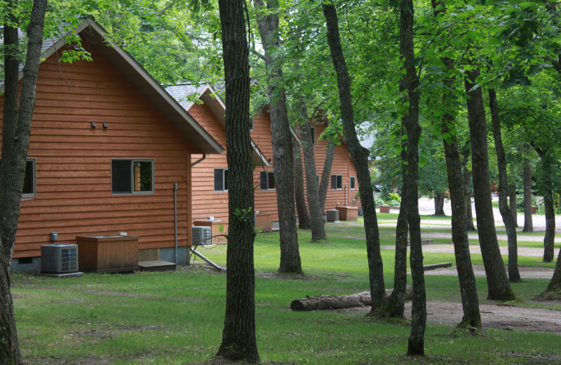 Cabin exterior at Lakecrest Resort.