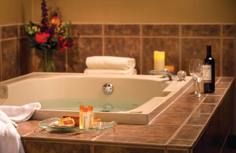 Guest jacuzzi at Hallmark Resort in Cannon Beach.
