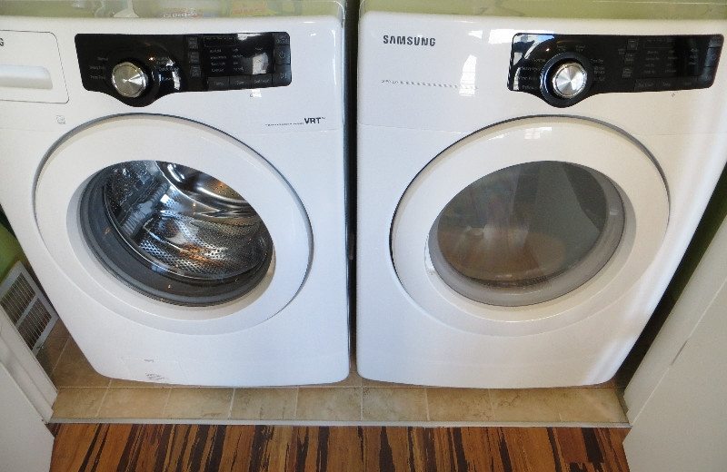 Units come with washer and dryer at York Street Condos.