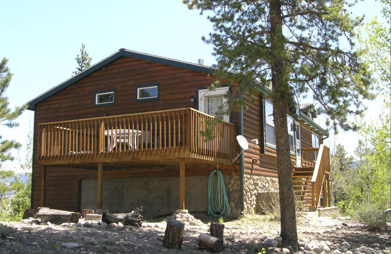 Cabin at Black Wolf Lodging.