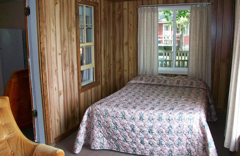 Cabin bedroom at Tamarac Bay Resort.