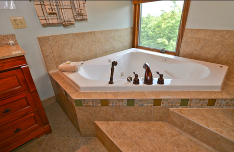 Cabin spa at Black Bear Resort Rentals.