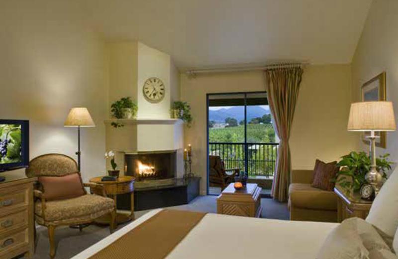 Guest room at Napa Valley Lodge.