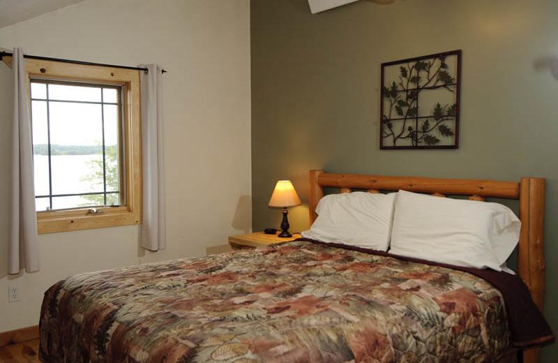 Guest bedroom at Campfire Bay Resort.