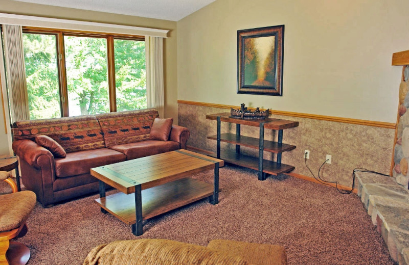 Guest living room at The Beacons of Minocqua.