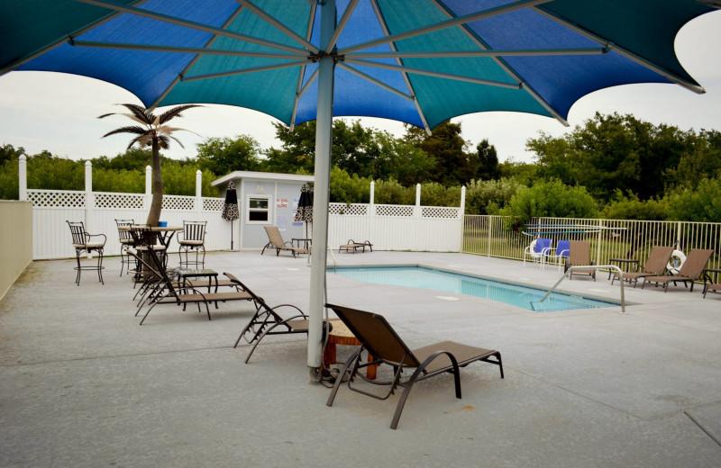 Outdoor pool at Echo Canyon Spa Resort.