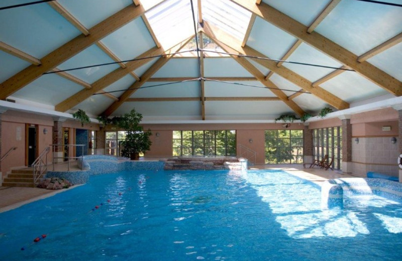 Indoor pool at Hotel Minella.