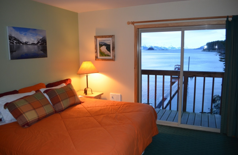 Guest room at Elfin Cove Resort.