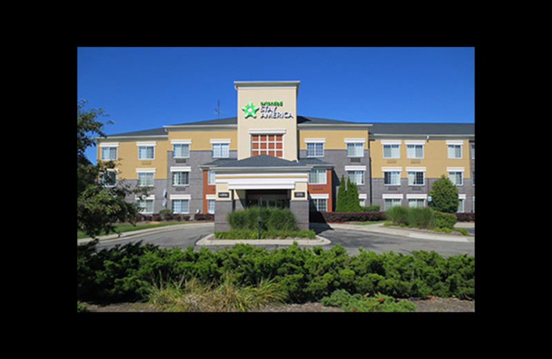 Exterior view of Extended Stay America Auburn Hills.