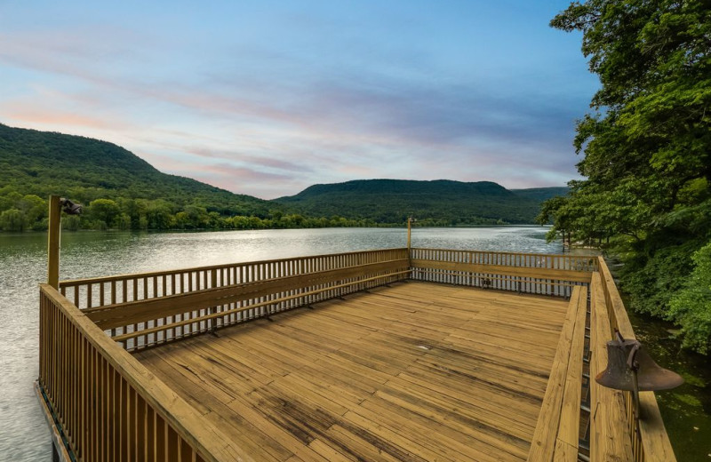 Rental dock at Chattanooga Vacation Rentals.