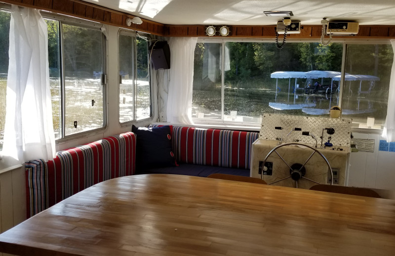 Houseboat at Niemeyer's Rugged River Resort.