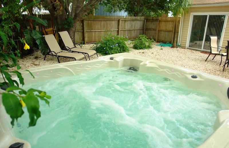 Vacation home jacuzzi at Endless Summer Homes.