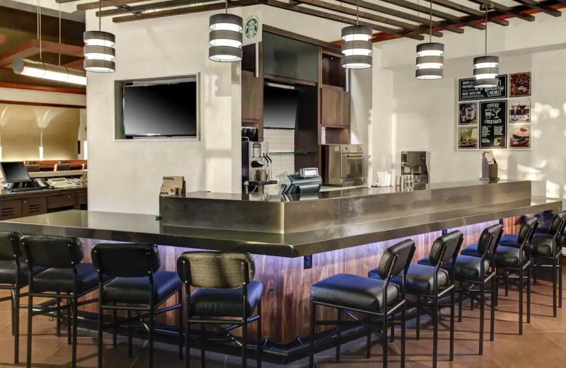 Bar at Hyatt Place Chicago/Itasca.