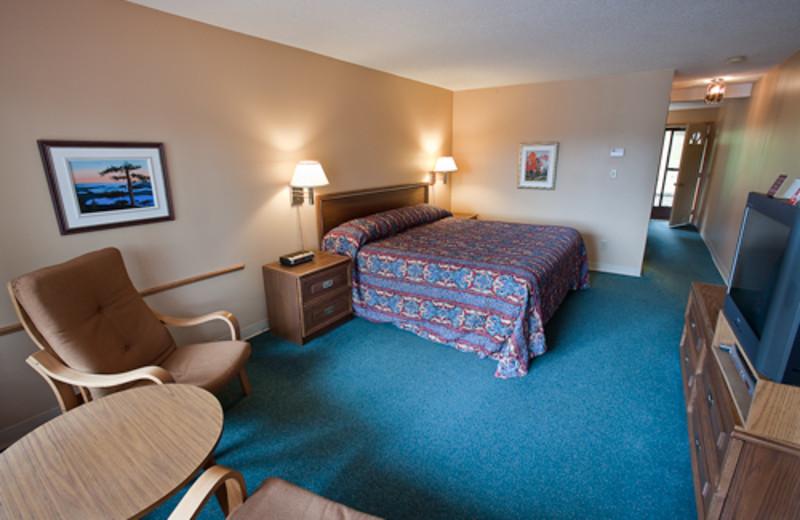 Studio bedroom at Blue Spruce Resort.