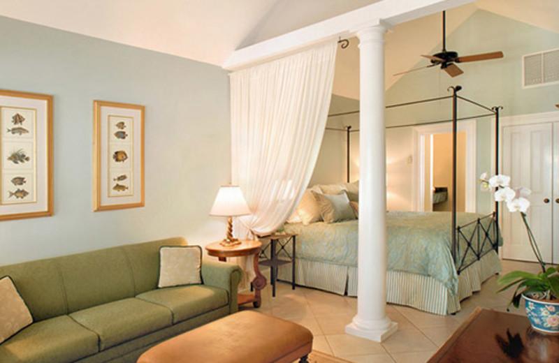 Junior suite at Marquesa Hotel.