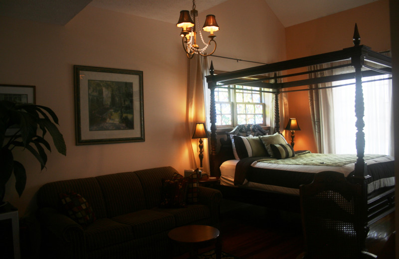 Guest bedroom at Old City House Inn & Restaurant.